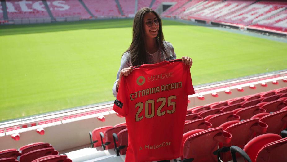 Catarina Amado renova contrato com o Benfica