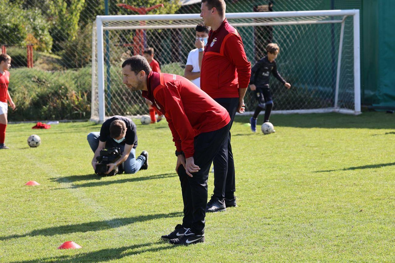 Visita à Escola de Futebol do Benfica em Kiev