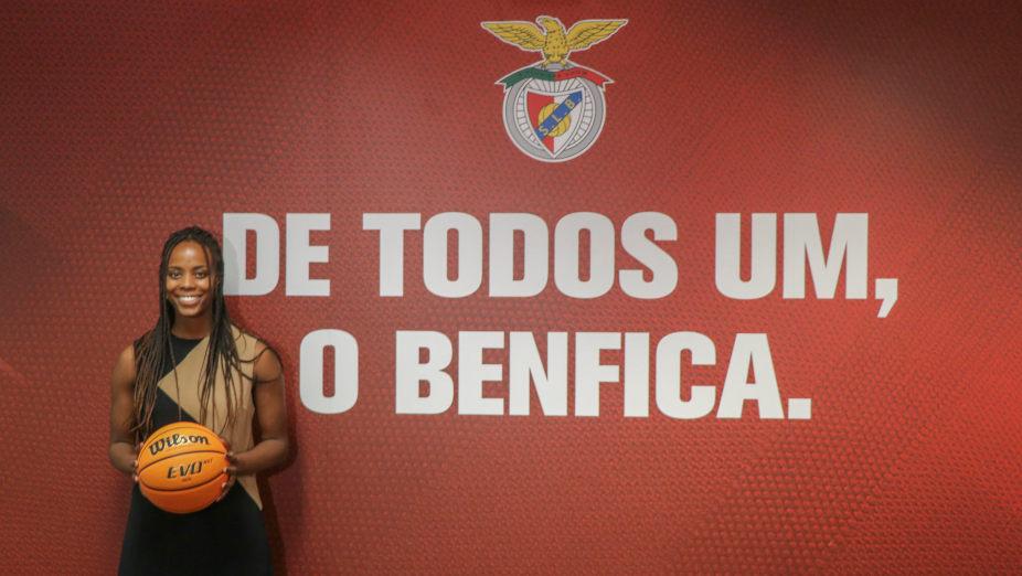 Cynthia Dias