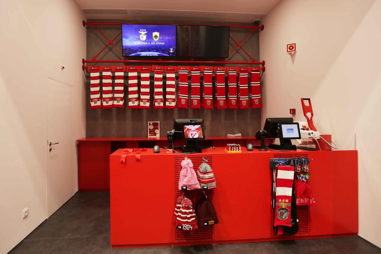 Benfica Official Store no MAR Shopping Fotogaleria - SL Benfica